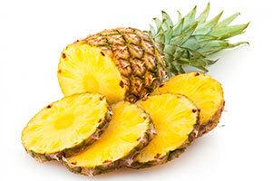 ananas-fette-300x200 Ananas proprieta effetti brucia grassi